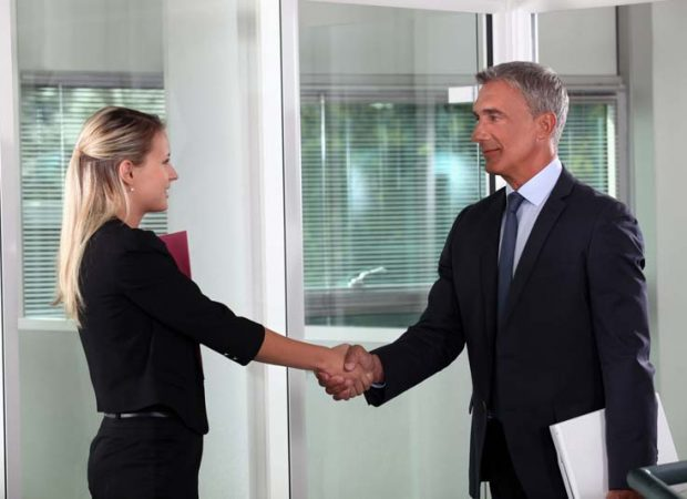 SHaking hands in a job interview